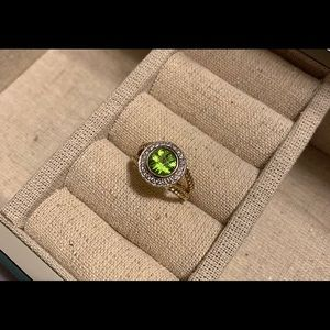 Authentic David Yurman Yellow Gold Peridot Ring